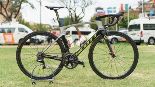 http://translate.google.com/translate?hl=ja&sl=auto&tl=ja&u=https%3A%2F%2Fwww.bikeradar.com%2Froad%2Fgear%2Farticle%2Fdaryl-impey-scott-foil-rc-pro-bike-53484%2F