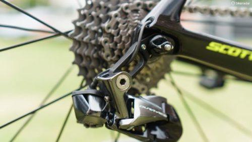 https://www.bikeradar.com/road/gear/article/daryl-impey-scott-foil-rc-pro-bike-53484/