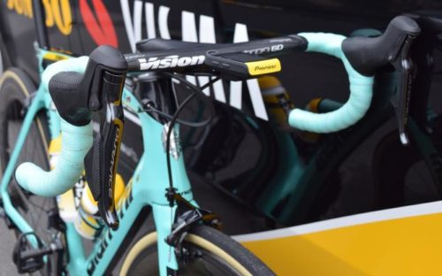 http://www.cyclingnews.com/features/wout-van-aerts-bianchi-oltre-xr4-gallery/