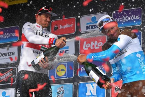 http://www.cyclingnews.com/news/naesens-flanders-hopes-hang-in-the-balance-after-champagne-inflicted-illness/