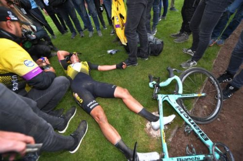 http://www.cyclingnews.com/news/van-aert-bonks-at-end-of-rough-paris-roubaix/