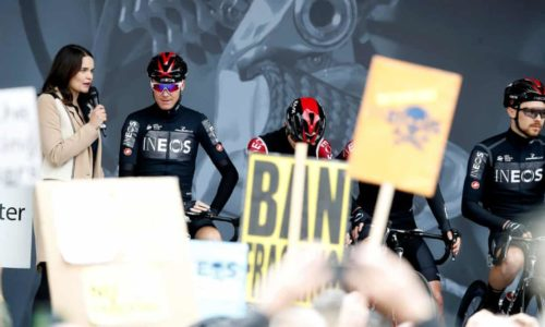 https://www.theguardian.com/sport/2019/may/02/shame-on-you-chris-froome-finds-team-not-welcome-in-yorkshire?CMP=share_btn_tw