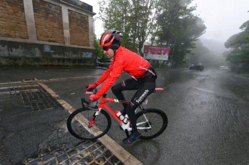 http://www.cyclingnews.com/news/tom-dumoulin-abandons-giro-ditalia/