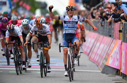 http://www.cyclingnews.com/giro-ditalia/stage-18/results/