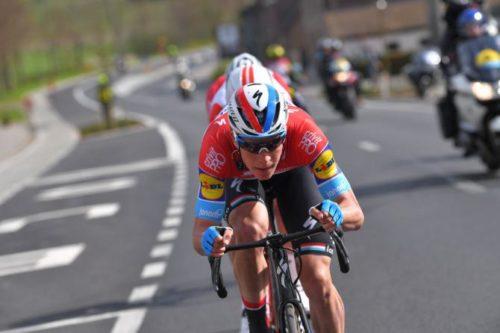 http://www.cyclingnews.com/news/jungels-and-viviani-lead-deceuninck-quickstep-at-giro-ditalia/