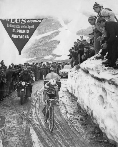 http://www.cyclingnews.com/news/giro-ditalia-double-mortirolo-ascent-unlikely-in-event-of-gavia-cancellation/