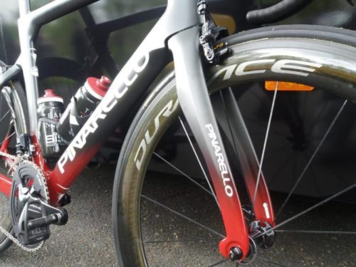 http://www.cyclingnews.com/features/chris-froomes-pinarello-dogma-f12-gallery/