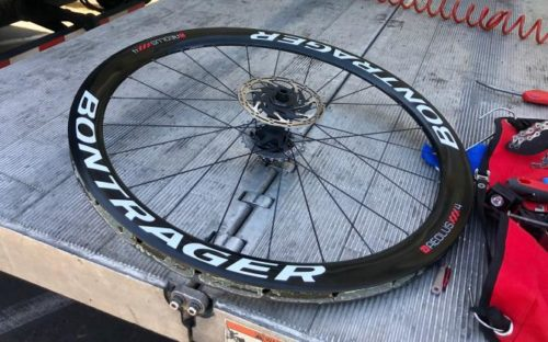 http://www.cyclingnews.com/news/jakobsen-wins-tour-of-california-stage-on-tubeless-tyres/