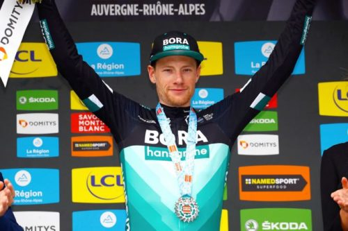 http://www.cyclingnews.com/news/sam-bennett-strongly-hints-at-switching-teams-after-dauphine-stage-win/
