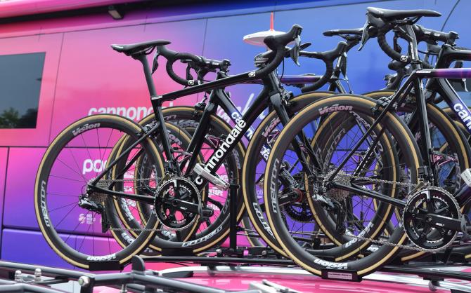http://www.cyclingnews.com/news/new-cannondale-supersix-evo-spotted-at-criterium-du-dauphine/