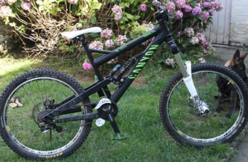 http://www.stickybottle.com/latest-news/bikes-stolen-irish-road-champ/