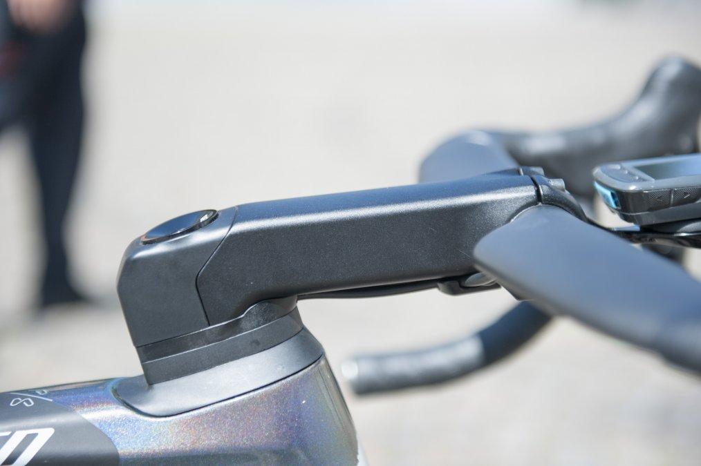 https://www.cyclist.co.uk/news/6678/peter-sagans-specalized-s-works-venge-tour-de-france-2019#2