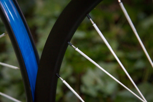 https://bikerumor.com/2019/10/22/atomik-x-berd-carbon-ultimate-wheelset-brings-new-color-to-worlds-lightest-spokes/