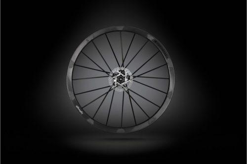 https://www.bikeradar.com/news/lightweight-tubeless-road-wheels/