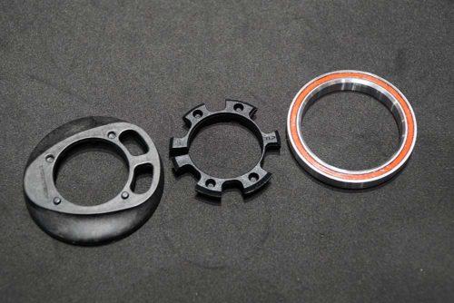 https://bikerumor.com/2019/11/10/token-goes-full-ninja-w-hidden-cables-shimano-105-shurikens-lighter-parts/
