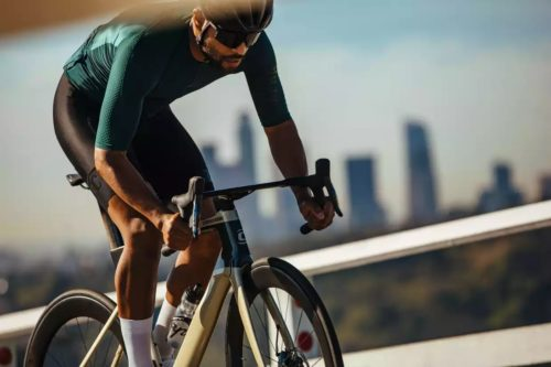 https://www.bikeradar.com/advice/buyers-guides/best-aero-road-bike/