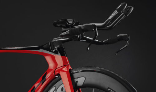 bhbikes.com/en_INT/bikes/road/triathlon/aerolight-disc-6-0